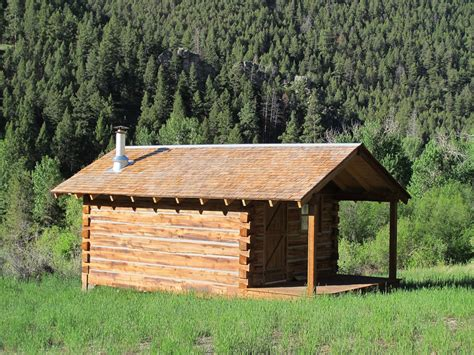 beaver lodge cabin tiny house swoon