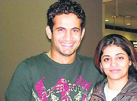 irfan pathan biography in hindi irfan pathan family biography members names father mother