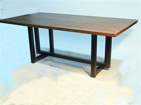 mesa de comedor manix estilo industrial  sobre de roble