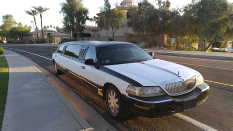 2006 lincoln town car sale 2006 lincoln town car tuxedo stretch limo for sale