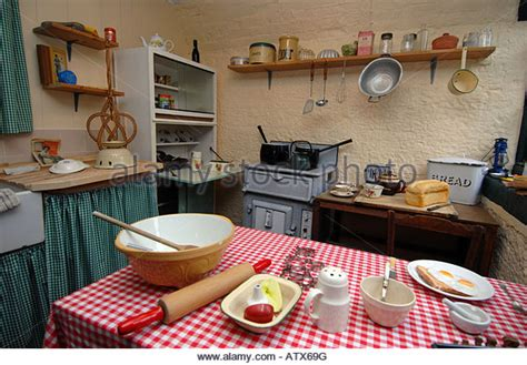 1950 s kitchen 1950s kitchen stock photos 1950s kitchen stock images
