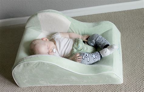 Sleepers For Babies With Reflux the dex day dreamer sleeper