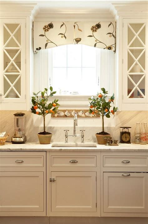 valance ideas for kitchen windows 25 best ideas about window valance box on box
