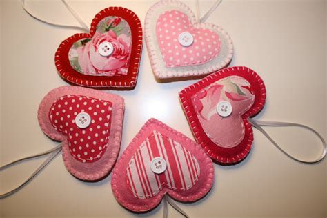 valentine felt heart ornaments decorations
