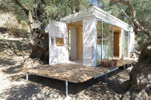 Micro House by Yoga Teacher S Modern Off Grid Crete Tiny House On Wheels