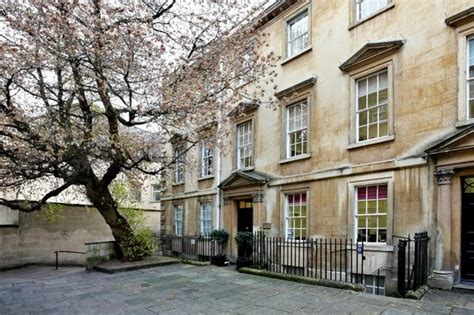 courtyard appartments the courtyard apartments bath apartment reviews