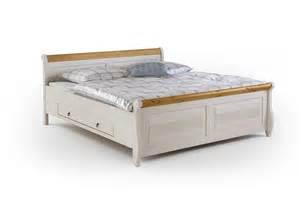 landhausstil bett schlafzimmer oslo kiefer massiv im landhausstil