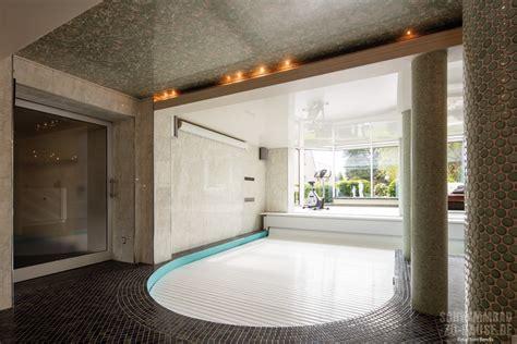 aerobic f r zu hause privater spa bereich mit pool sauna und tauchbecken