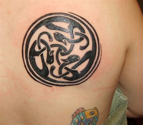celtic pisces tattoo designs 53 attractive celtic knot tattoos for your shoulder