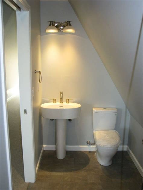 small attic bathroom ideas 71 best images about dormer bathroom on pinterest