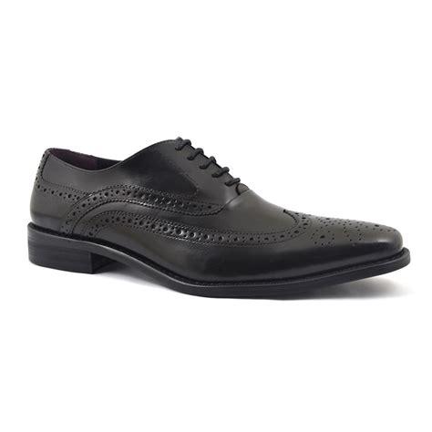 black oxford mens shoes buy mens black oxford brogue shoes gucinari