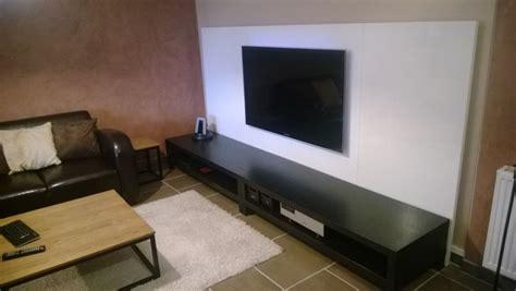 Un mur télé avec des plateaux LINNMON   Bidouilles IKEA
