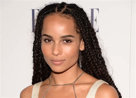 famous current female actresses can you name 5 young current black female actresses in