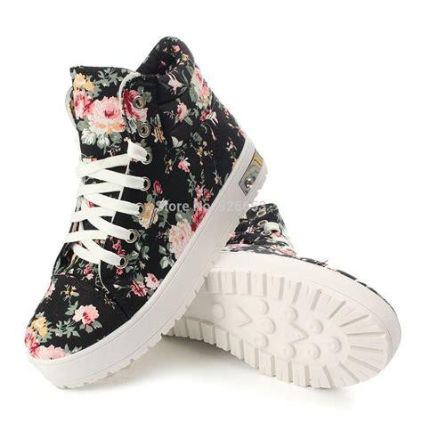 imagenes de zapatillas kawaii consejos para combinar las zapatillas con el bolso