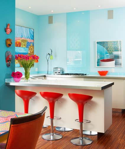 colorful small cottage decor bright wall painting ideas azul blog da reforma