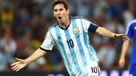 messi born to do lionel messi height weight body statistics sbrocco fairplay