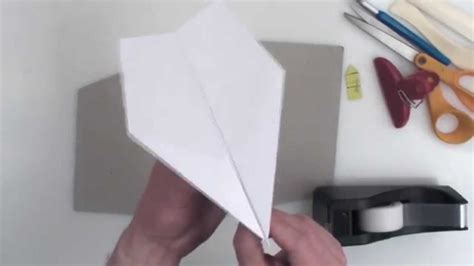 Make World Record Paper Airplane - world record paper airplane suzanne complete
