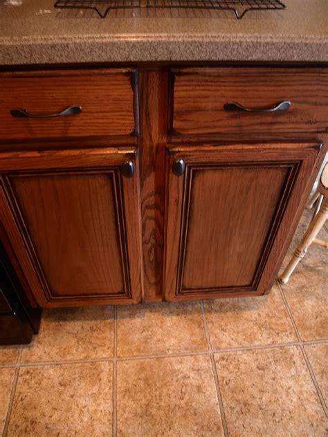 paint  antique kitchen cabinets