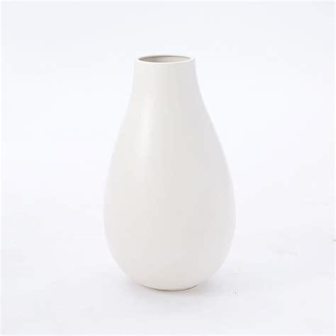White Ceramic Vases by Oversized White Ceramic Vases West Elm