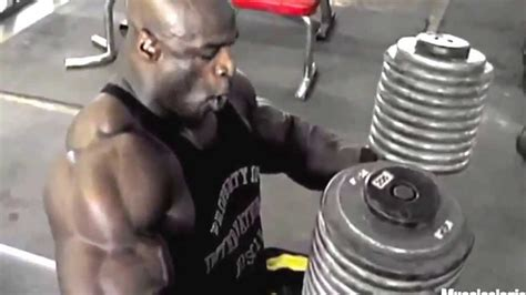 Ronnie Coleman Dumbbell Bench Press Youtube