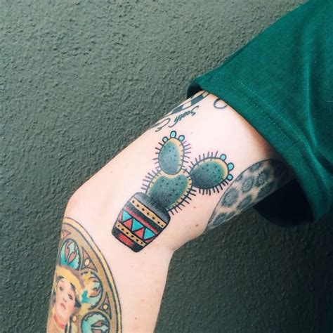 small sleeve tattoos cactus tattoos askideas