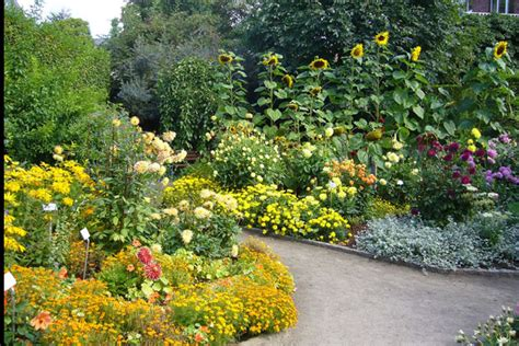 Flower Garden Photos Good Photo Gallery Of Garden With Brewster Flower Garden