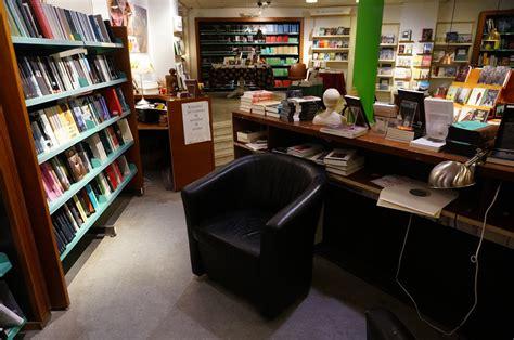 mobili librerie per bambini librerie colorate per camerette