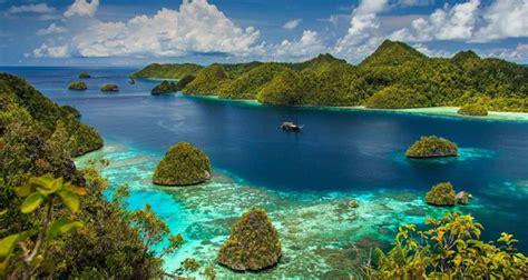 blogger wisata indonesia 5 tempat wisata indonesia yang jadi destinasi favorit