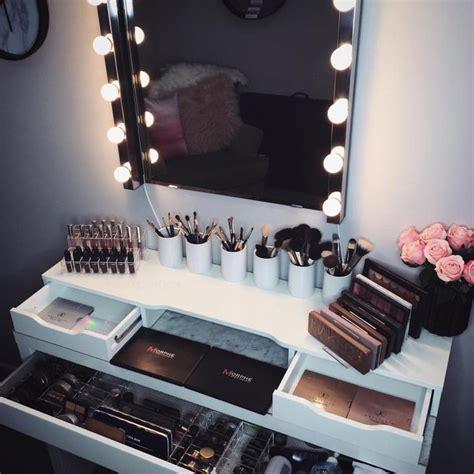 Makeup Dresser by 25 Best Ideas About Makeup Dresser On Makeup Vanity Organization Diy Makeup Vanity
