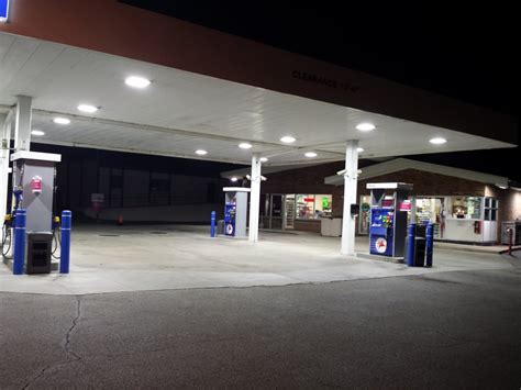 mobil gas station near me mobil gas station gas service stations menomonee