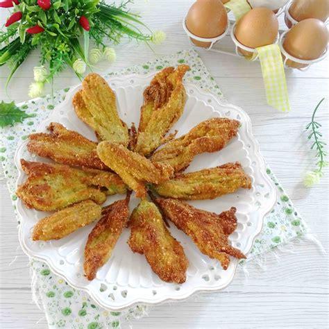 ricetta fiori di zucchine fritti fiori di zucca impanati ricetta fiori di zucca fritti il