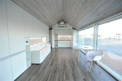Floor To Ceiling Windows That Open by A Robot Can Print This 32 000 House In As As 8