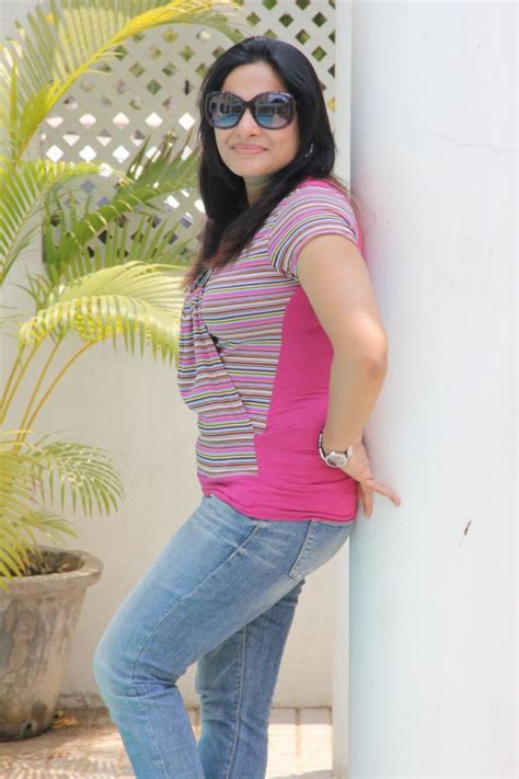 download mp3 from jeans rethika srinivas in jeans latest stills photo gallery