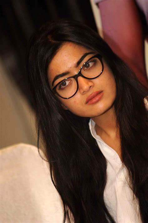 actress rashmika photos actress rashmika mandanna latest photos 3 south