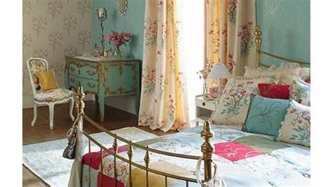 Dan Model Lu Tidur tips menambah kesan klasik pada kamar tidur kamartidur