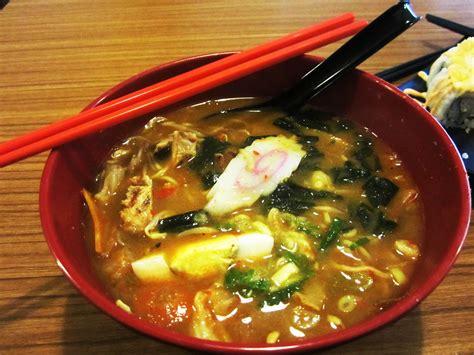 Makanan Di Udin Ramen oishii ramen and sushi bar pedasnya benar benar
