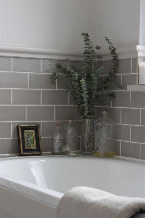 28 grey and white bathroom tile ideas and pictures - Bathroom Tiles White And Grey