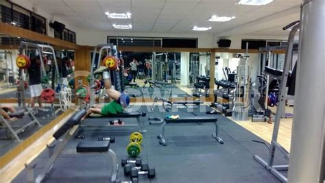 snap fitness bench press snap fitness bench press 14 year old girl bench presses