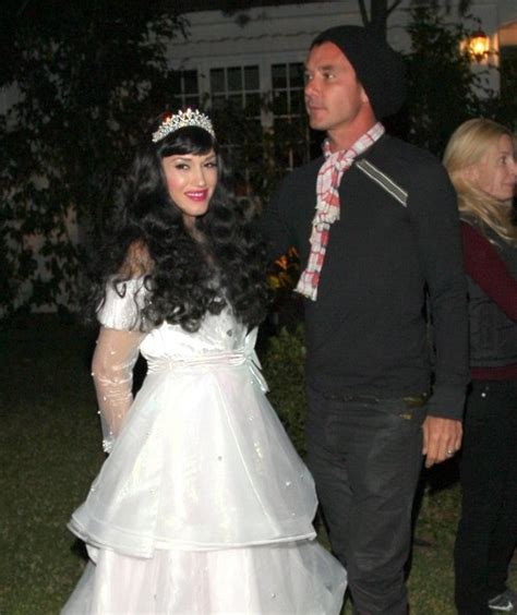 gwen stefanis marriage over gavin rossdale caught october 2013 inside gwen stefani and gavin rossdale s