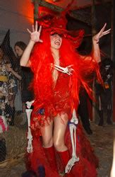 Heidi Klum As Witchs Brew by 6 Heidi Klum Costumes That Get Our Quot Seal Quot Of