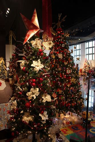 fort myers festival of trees christmastime in florida