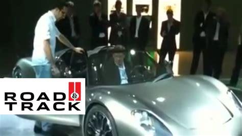 Porsche 918 Engine Sound by Porsche 918 Spyder Engine Sounds Road And Track Youtube