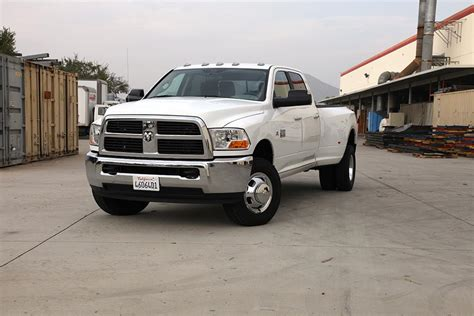 dodge ram 3500 trucks dodge ram 3500 pickup trucks have choice of performance