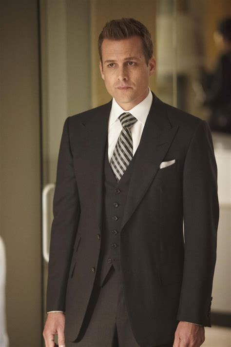 suits of harvey specter how to dress like him hair