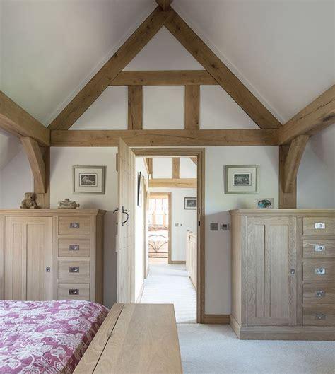 vaulted ceiling bedroom oak framing www borderoak com 50 best images about border oak bedrooms on pinterest
