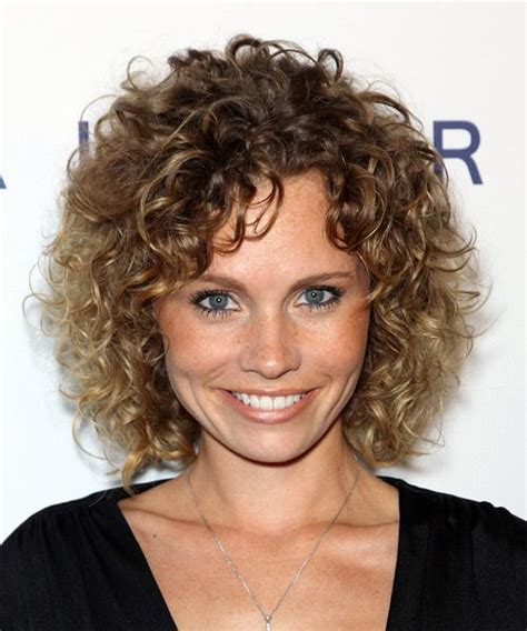 curly hairstyles casual katie cooper hairstyle medium curly casual medium