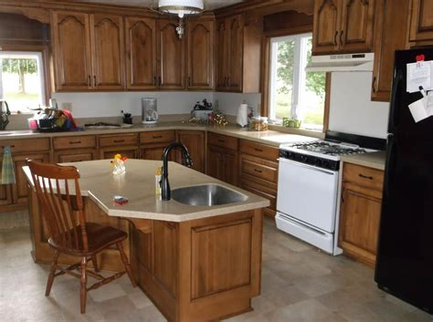 amish built kitchen cabinets tennessee amish made kitchen cabinets amish tv cabinet