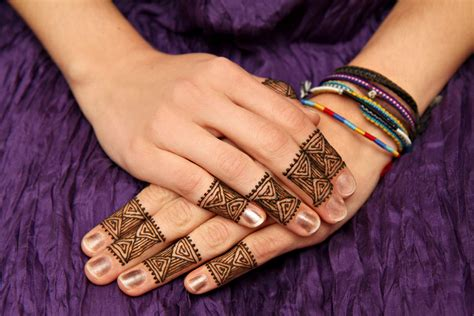 finger henna tattoo designs 72 impressive henna designs for fingers