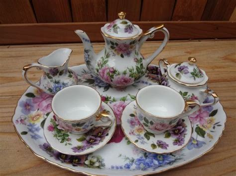 Mug Porcelen Motif Royal royal cotswolds childs miniature porcelain tea set trays