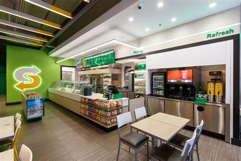 new decor subway debuts new restaurant design at icsc recon